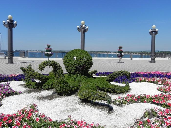 Анапа традиционно считается детским курортом. Город расположен на юго-западе Краснодарского края.