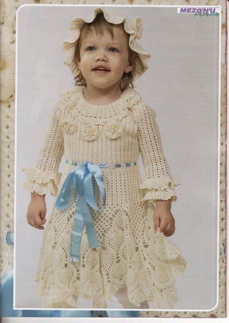 vestido inf. com fita az (454x640, 55Kb)