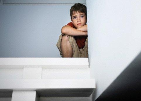 Дети Литвы все чаще становятся жертвами сексуального насилия.