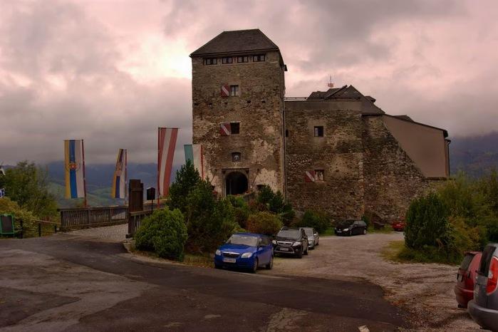 Замок Оберкапфенберг - Burg Oberkapfenberg 37781