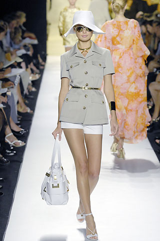 3824370_1769_michael_kors6 (320x480, 35Kb)