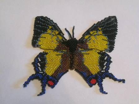 Вот и бабочка прилетела.