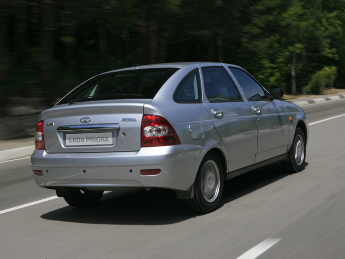 VAZ_2172 Priora_Hatchback 5 door_2007 (700x525, 88Kb)
