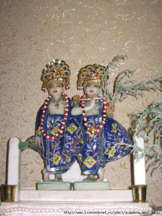 Кришна-Баларама с полынью (525x700, 307Kb)