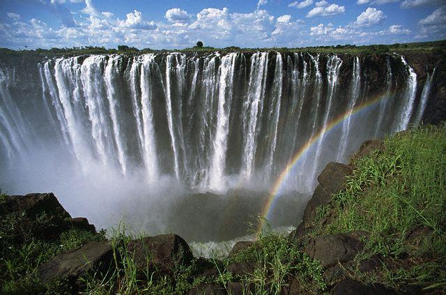 Victoria_Falls_Zambezi (640x423, 72Kb)
