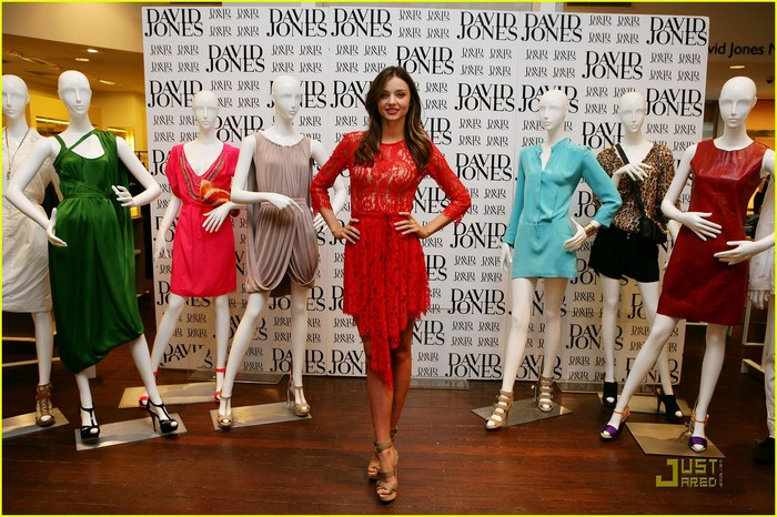 miranda-kerr-announces-60-new-brands-for-david-jones-03 (700x466, 131Kb)