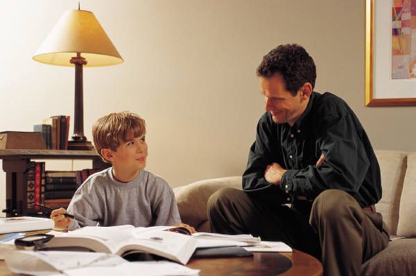 father-and-son-homework (600x398, 34Kb)