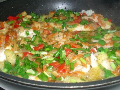 Рецепт рыба жареная с овощами.