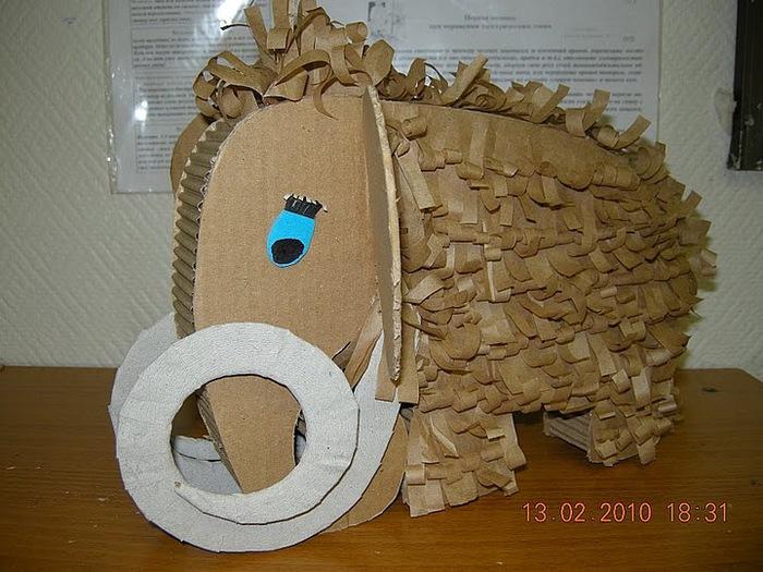 Объемные изделия из картона