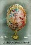 """Декоративное страусиное яйцо  """"Цветочные феи """" Скорлупа страусиного яйца декорирована в технике художественный декупаж..."""