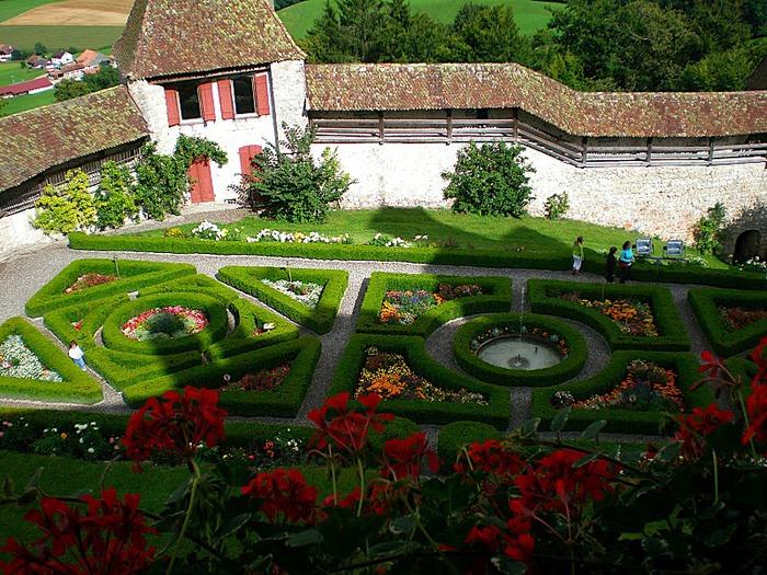 Замок графов де Грюйер (Chateau de Gruyeres) 64473