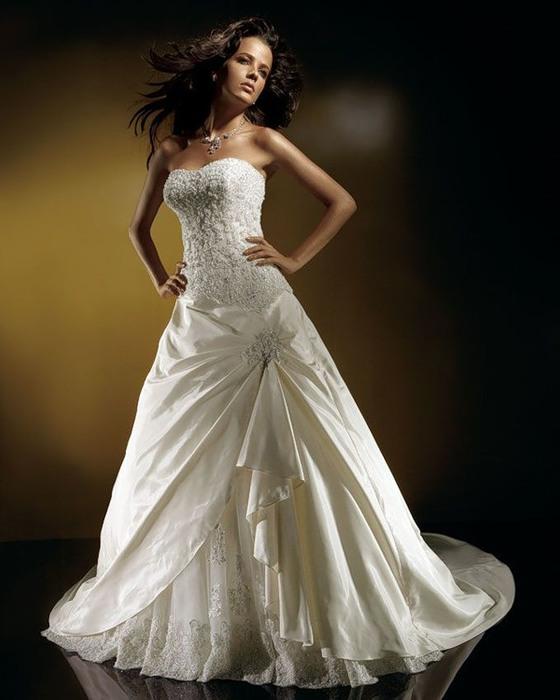 фото фасонов платьев которые можно одеть свидетельнице на свадьбу