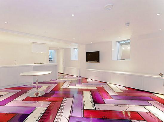 Дизайн квартир - фотографии радужного интерьера/2822077_TheRainbowHouseLondonbyABRogersDesign121 (550x409, 167Kb)
