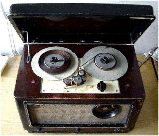 10 магнитофон Днепр-3 1952 год (544x466, 42Kb)