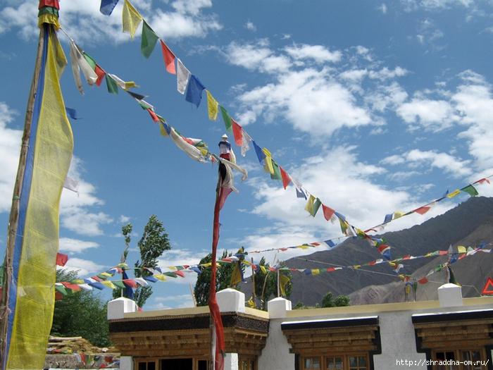 Индия, Ладакх, окрестности Леха, монастырь Alchi (0) (700x525, 320Kb)