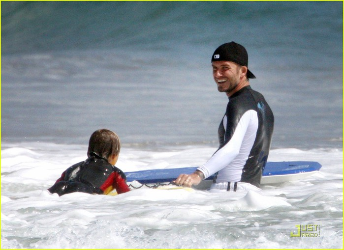 david-beckham-ocean-boys-12 (700x509, 79Kb)