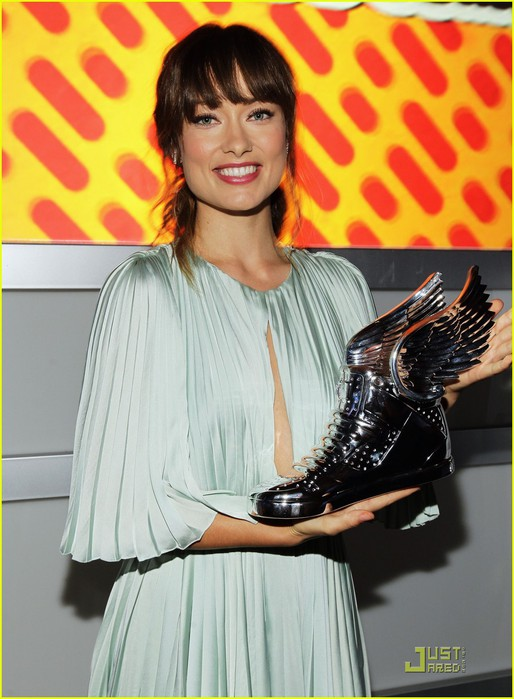 olivia-wilde-do-something-awards-2011-03 (514x700, 90Kb)