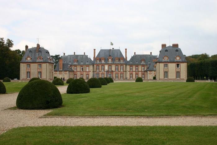 Замок Бретей / Chateau de Breteuil - в гостях у Шарля Пеpро 19124