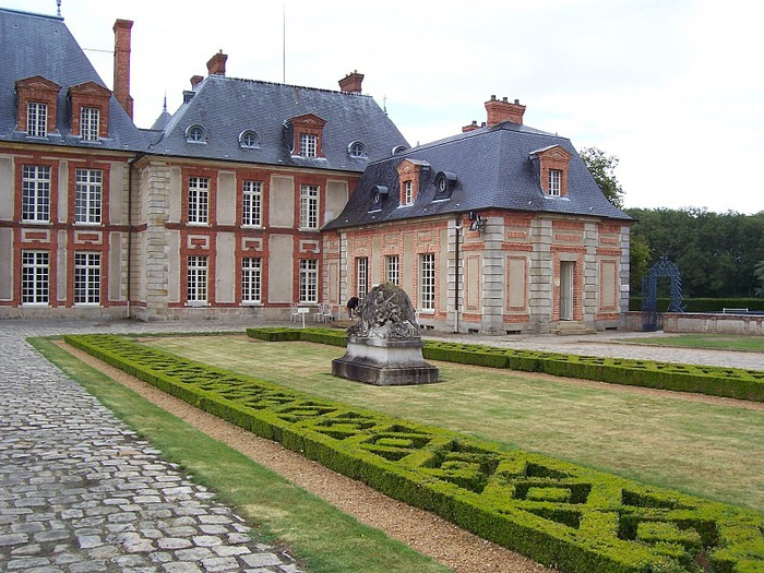 Замок Бретей / Chateau de Breteuil - в гостях у Шарля Пеpро 69801