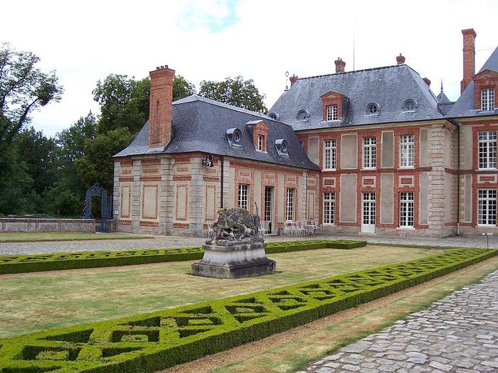Замок Бретей / Chateau de Breteuil - в гостях у Шарля Пеpро 74893