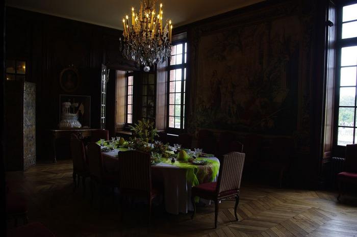 Замок Бретей / Chateau de Breteuil - в гостях у Шарля Пеpро 52446