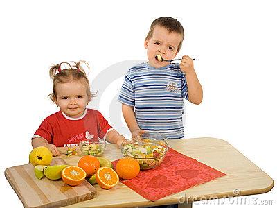 дети и еда1 (400x300, 35Kb)