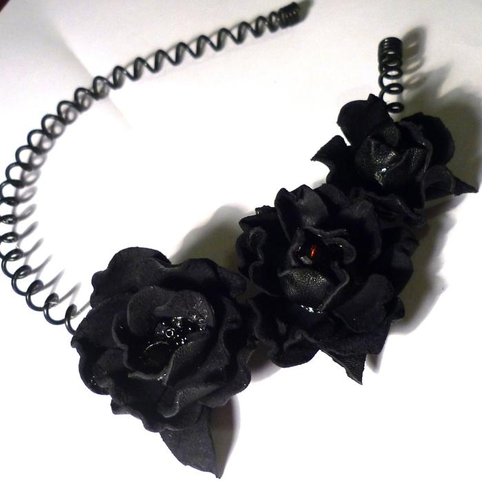 три кожаные розы 009 (699x700, 161Kb)