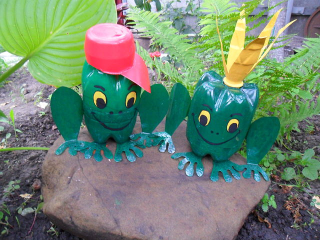 Поделки в сад своими руками из пластиковых