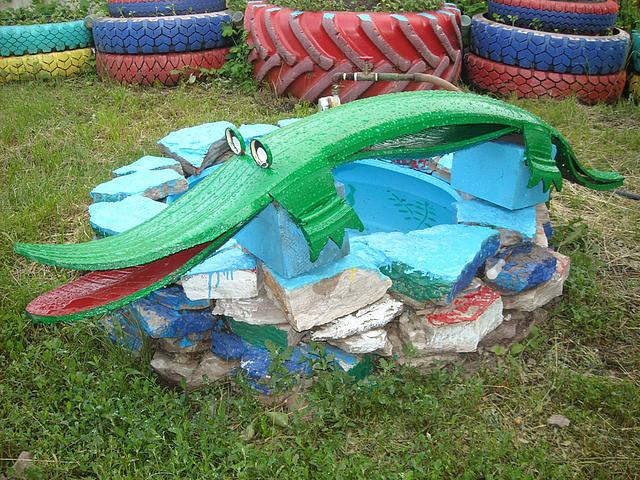 Как сделать крокодила из покрышек своими руками