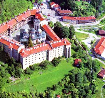 Рильский монастырь с высоты птичьего полета (357x333, 35Kb)