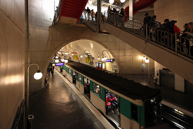 Paris Metro  Flickr - Photo Sharing! (650x433, 679Kb)