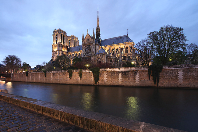 Notre Dame Paris  Flickr - Photo Sharing! (650x433, 570Kb)