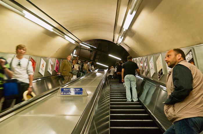4055822_London_metro4_2 (700x460, 137Kb) .