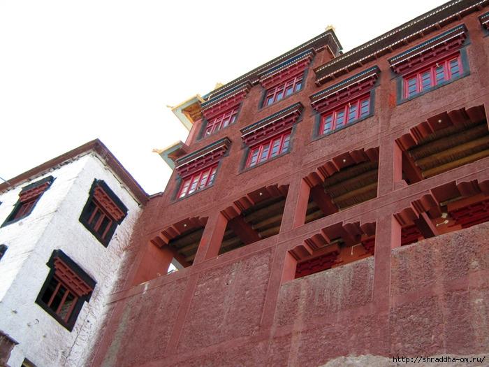 Индия, Ладакх, окрестности Леха, монастырь Matho (4) (700x525, 271Kb)