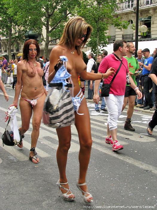 Гей-парад 2011 в Париже. Часть 2. Транссексуалы.