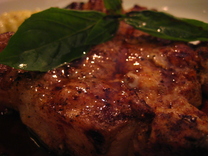 1191383678_1601e19ca7 Char-Grilled Pork Cutlet_L (700x525, 217Kb)
