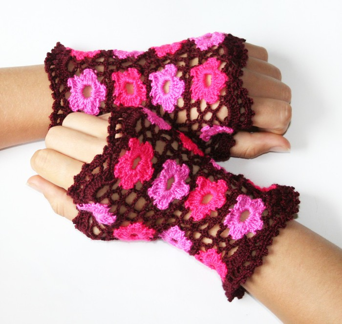 spring flowers for women: lace warm wrist, free crochet patterns