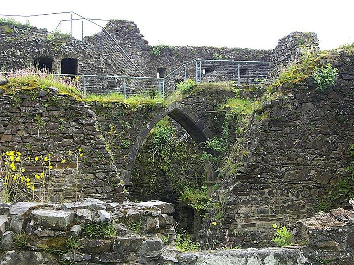 Фужер (Fougeres) — старинный город-крепость с 13 башнями в Бретани 83187