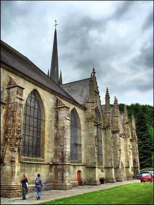 Фужер (Fougeres) — старинный город-крепость с 13 башнями в Бретани 96575