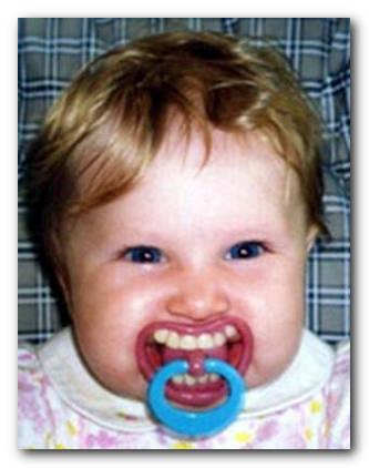 ребенок_смешная-соска_смешно_зубы_2 (333x422, 22Kb)
