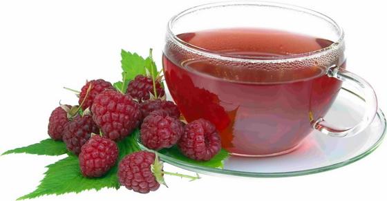 К тому же малинка придает чаю вкуснейший аромат и необыкновенный вкус.