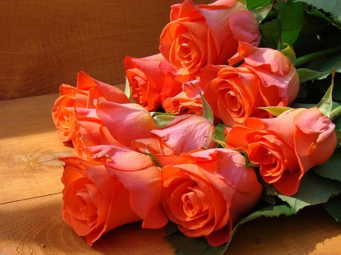 букет роз алых (700x525, 53Kb)