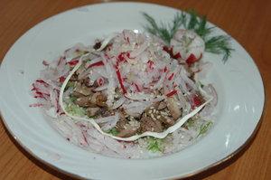 svezhest--salat-s-kurinoi-pechenyu-160669 (300x199, 51Kb)