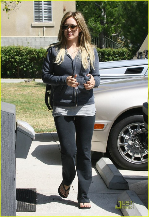 hilary-duff-work-out-01 (482x700, 106Kb)