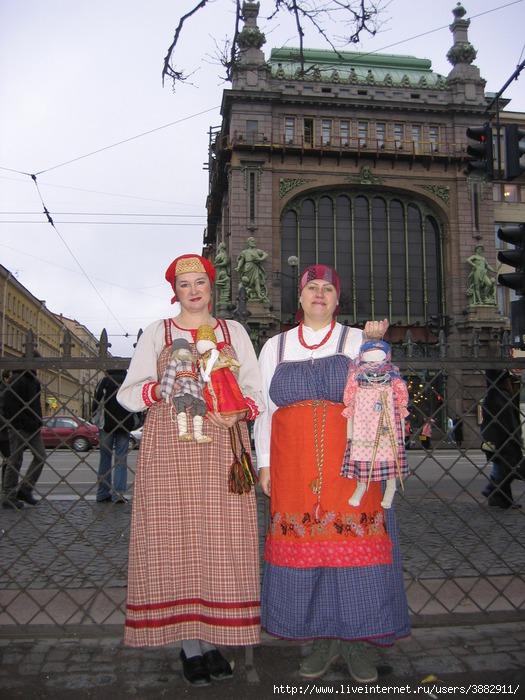 На Невском 01 (525x700, 247Kb)