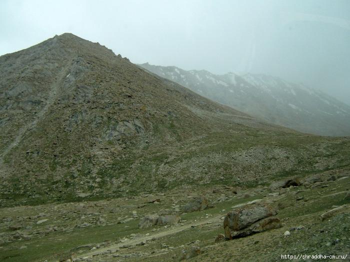 Индия,Ладакх, окрестности Леха, перевал Chang La (2) (700x525, 286Kb)