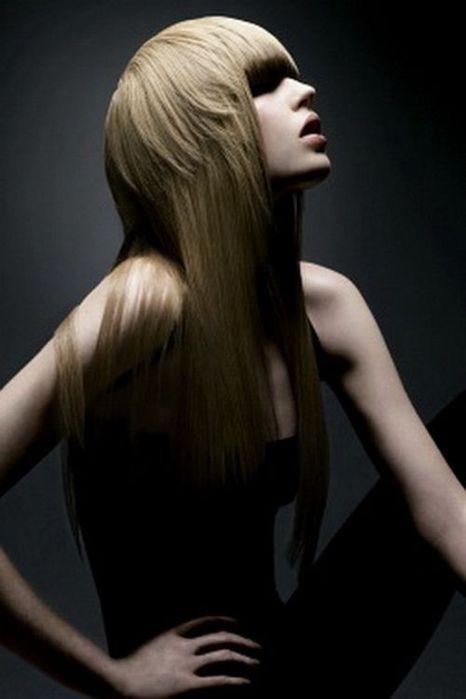 Модные прически 2011 года фото