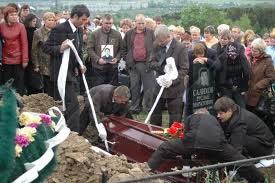 Похороны шахтеров copy (275x183, 34Kb)