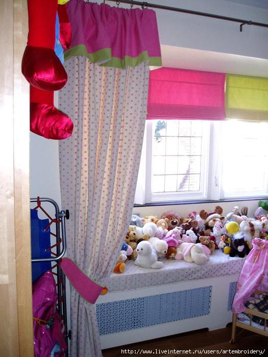 Playroom-curtains (525x700, 243Kb)