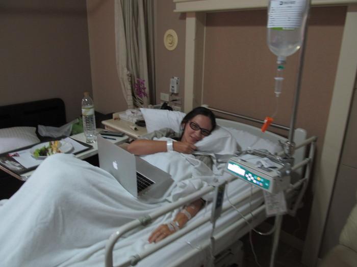 фото девушки в больнице
